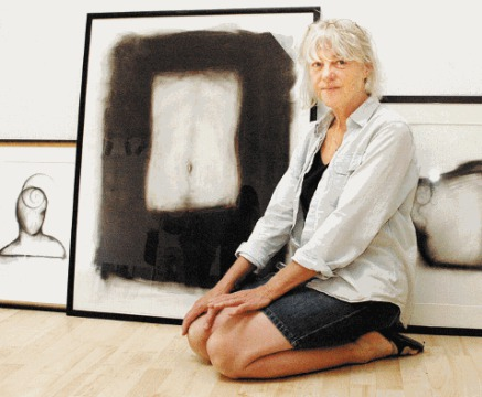 Ellen Lobb  , f.1947    Education Bachelor of Fine Arts Rhode Island School of Design 1966-1970 State College of Art Education, Notodden, Norway 1970-1971 State College of Art Education, Oslo, Norway 1977-1978 University of Bergen, Norway, BA Art Hi