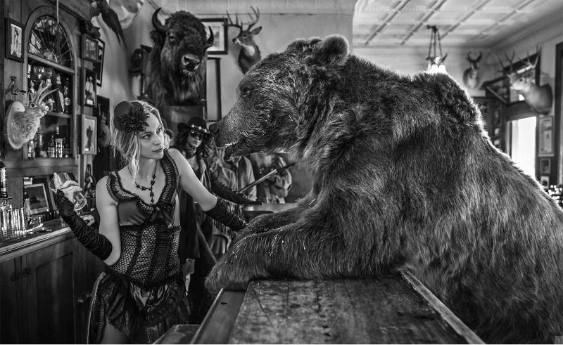 David Yarrow - Last orders