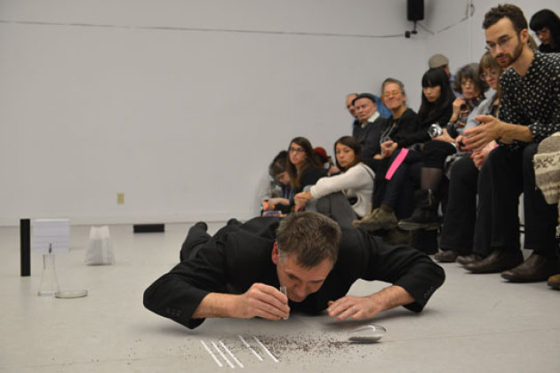 ORANGE. Performance p� 7a*11d International Festival of Performance i Toronto 29. oktober 2014. Foto: Henry Chan.
