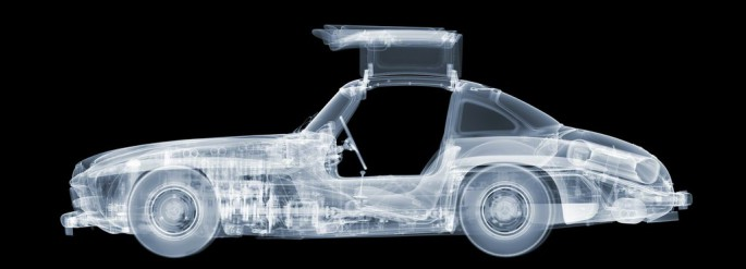 Nick Veasey - Mercedes 350 SL Gullwing