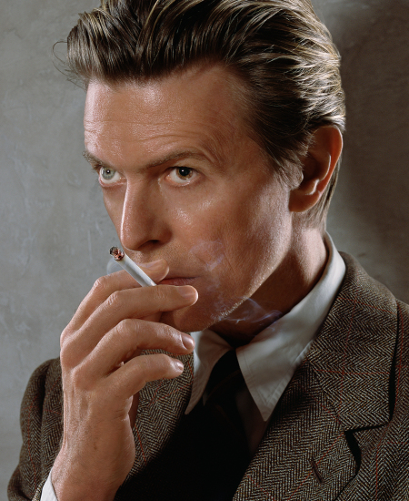 Markus Klinko - David Bowie smoking