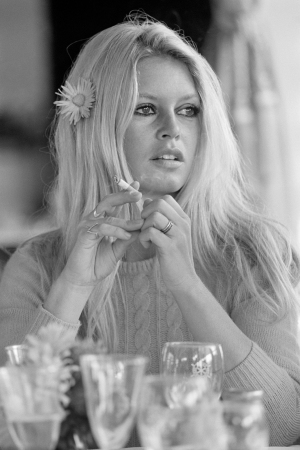 "Terry O'Neill - Brigitte Bardot, Deauvile, 1968 (24"" x 20"") (co-signed)"