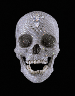 Damien Hirst - For the Love of God | Diamond Skull nr 8855 - innrammet med sort trelist, B108, inkl. i prisen